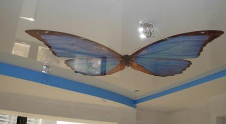 Натяжной потолок с художественной росписью