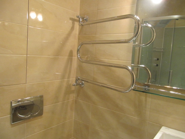 Поворотный полотенцесушитель от производителя Магароли