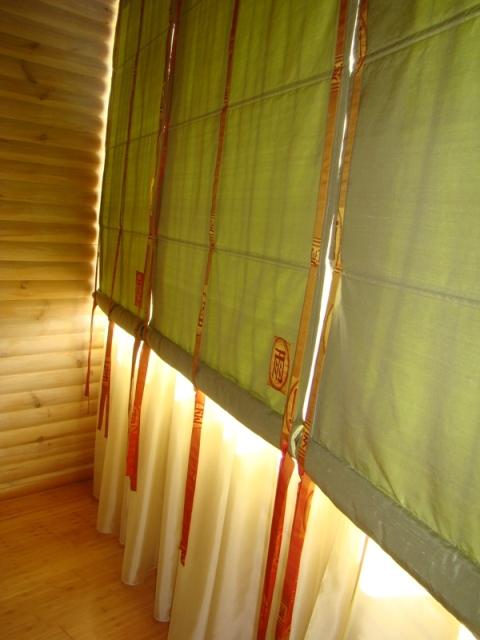 Простые рулонные шторы