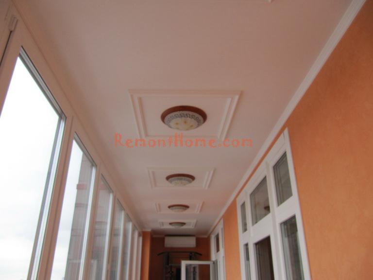 Фотография отделки лоджии-балкона