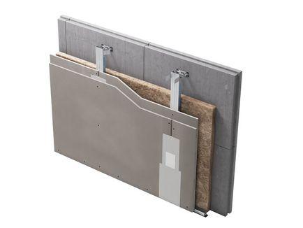 Однослойная или двухслойная облицовка стен на металлическом каркасе, закрепленном на стене