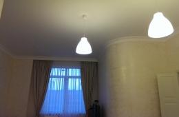 Освещение потолка гостиной временное решение