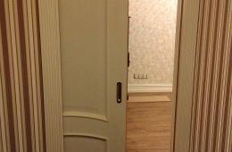 Раздвижная дверь пенал от Юнион в полуоткрытом состоянии
