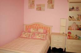 Детская комната для маленькой девочки трёх лет