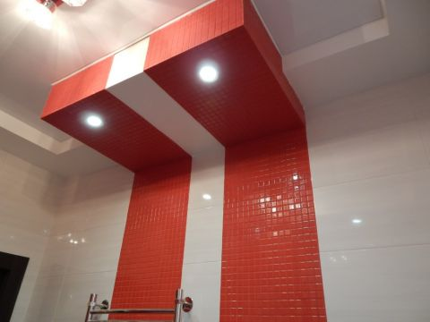 Крашаем тинтерьер ванной красным