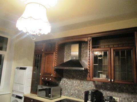 Вид кухни в классическом стиле