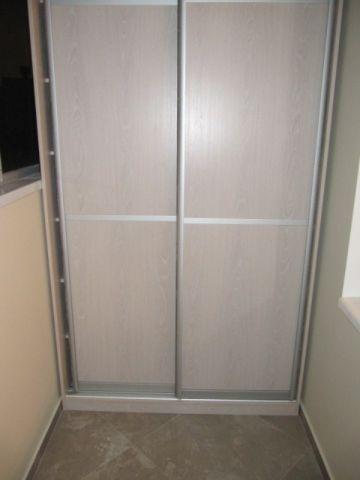Шкаф на балконе под заказ