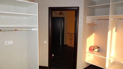 Гардеробная комната в доме