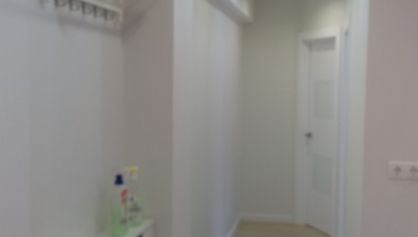 Длинный и узкий коридор оформление