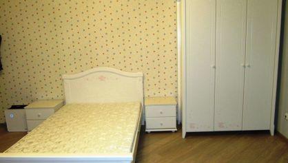 Детская спальня для девочки с мебелью