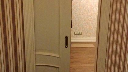 В квартире установлены раздвижные двери