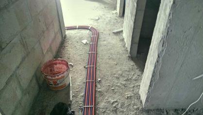 Прокладка труб отопления, Рехау